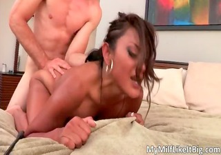 hawt swarthy hoe maxine x acquires pounded