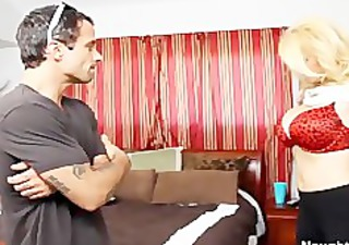 breasty mamma charlee pursue seduces her sons