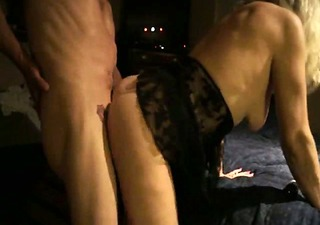 mother i doing sex with her husband